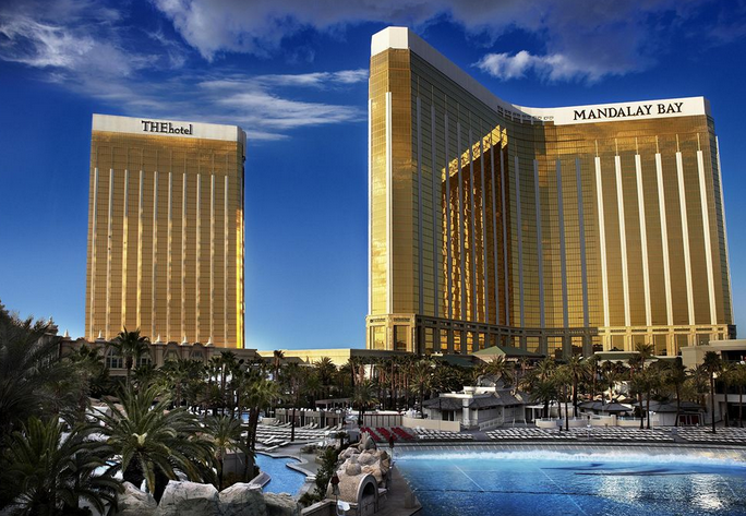best las vegas hotel 2014 best vegas hotels mandalay bay hotel