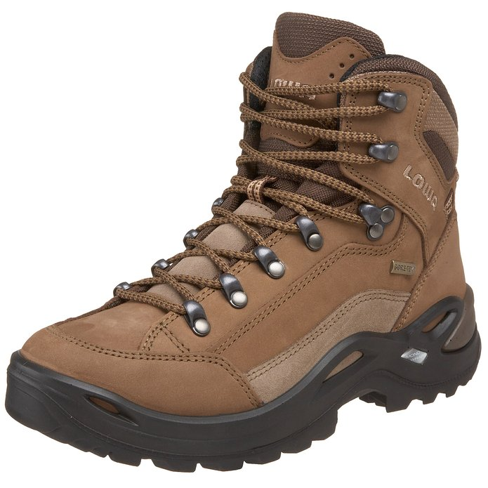 best-hiking-boots-for-women-lowa-hiking-boots